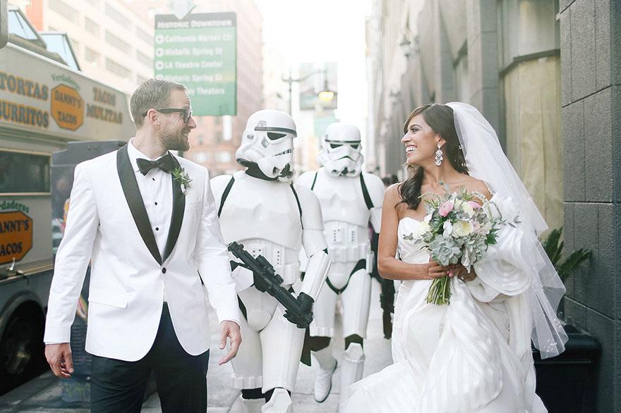 經典夢幻式STAR WAR (星球大戰) 婚禮,還好_