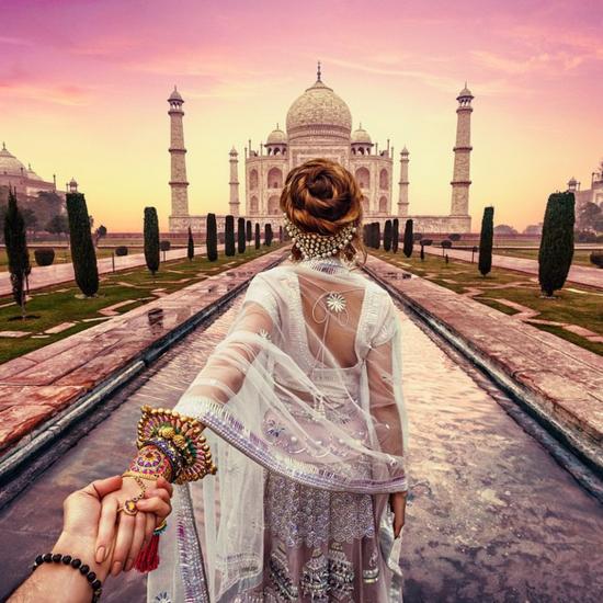 這哥們又來了:牽著女友的攝影師曬新唯美照,這一次是印度還有 ...