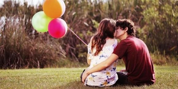 遠距離(long d)戀人們必須正視的8大問題
