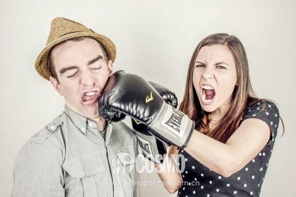 吵架後男生會讓女友翻白眼的7個行為