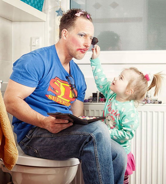 據說,老爸為了女兒什麼都幹的出來!